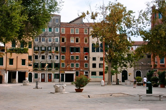 practicing cautionary placemaking: urbanism and the Venetian Ghetto