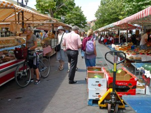 walkable cities? so how come pedestrian malls usually fail? (retake edition)